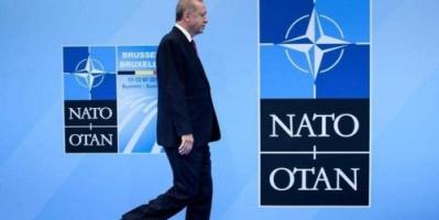 """صفقة """"إس-400"""" تهدد بقاء تركيا في حلف شمال الأطلسي"""