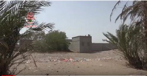 مليشيات الحوثي تحرق منازل المواطنين في الجاح بالحديدة ونزوح جماعي للعائلات (فيديو)