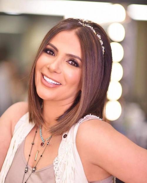 شاهد النجمة منى زكي برفقة ياسمين عبد العزيز وحلا شيحة (صور)