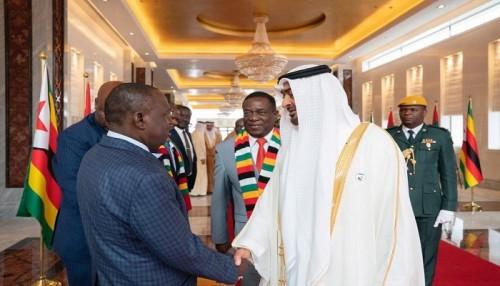 الشيخ محمد بن زايد يستقبل رئيس زيمبابوي بأبوظبي (صور)