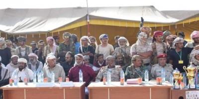 """النخبة الشبوانية تنظم عرضا عسكريا بمناسبة أسبوع """"شهداءنا فخرنا"""" (صور)"""