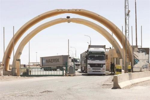 حريق هائل بمعبر حدودي بين العراق وإيران يتسبب في تلف وثائق هامة