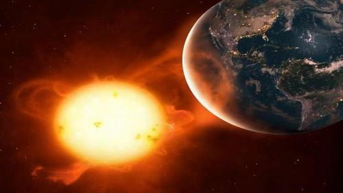 عاصفة شمسية قد تضرب الأرض