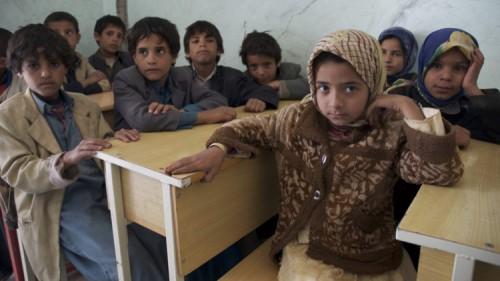 اليونيسيف: أطفال صنعاء يتركون المدارس لكسب الرزق