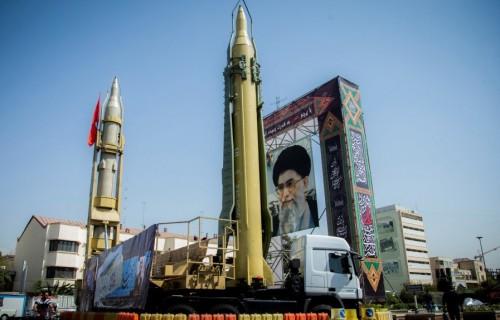 إيران تستعرض بإعلانها الكشف عن 112 إنجازاً نووياً الشهر المقبل