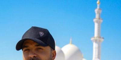 لويس فونسي يزور مسجد الشيخ زايد بعد افتتاح أولمبياد أبو ظبي (صور)
