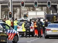 """شاهد.. اللقطات الأولى لموقع حادث مدينة """" أوتريخت """" الهولندية"""