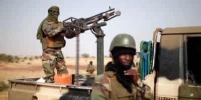 23 قتيلا حصيلة الهجوم المسلح على قاعدة عسكرية فى مالي