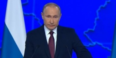 بوتين يقر قانون لمراقبة الإنترنت ومعافبة مروجي الأكاذيب