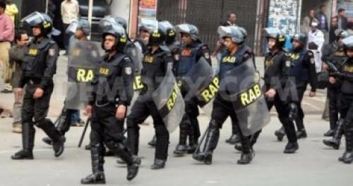 بنجلاديش.. احتجاجات طلابية لوفاة أحدهم تحت عجلات حافلة