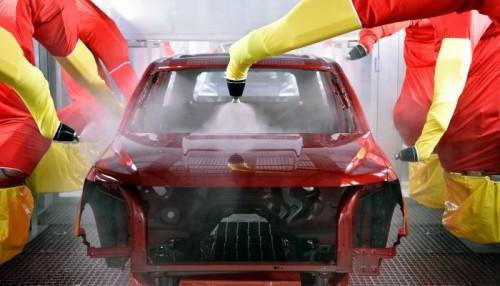 """بعد زيادة المبيعات ..""""فورد"""" ترفع معدلات تصنيع أبرز سياراتها"""