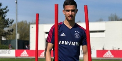 لاعب مغربي ينضم إلى الفريق الأول في أياكس الهولندي