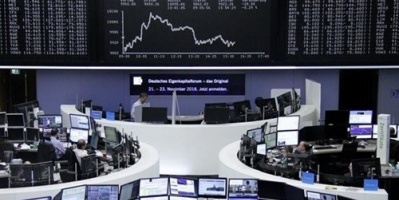 هبوط الأسهم الأوروبية وقفز البريطانية لهذا السبب