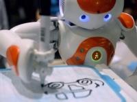 """التوصل لسائل مطاطي لإنتاج """"الروبوتات اللينة"""""""