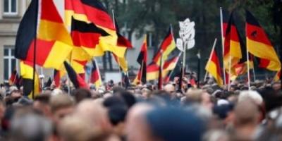 ألمانيا.. مظاهرات حاشدة للتنديد بالعنصرية والعداء للإسلام