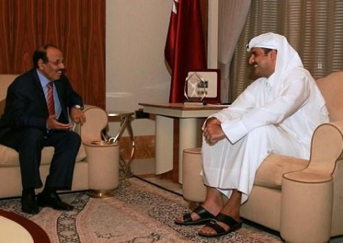 فضيحة من العيار الثقيل للشرعية .. استمرار العلاقات الدبلوماسية مع قطر (تفاصيل حصرية)