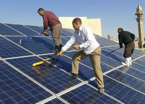 السعودية تدشن مشروع طاقة شمسية جديد بمكة