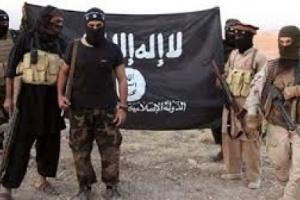 عاجل.. قتلى وجرحى في اشتباكات بين تنظيمي داعش والقاعدة في البيضاء