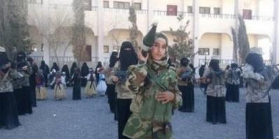 بـ«تلغيم عقولهم وتزييف هويتهم».. الحوثيون يحرمون مليوني طالب من التعليم