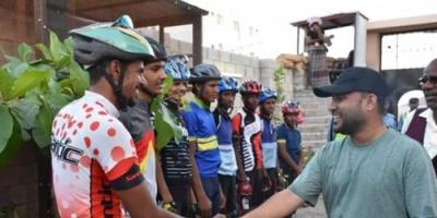 التميمي يستقبل أبطال الدراجات الهوائية بالمكلا لهذا السبب
