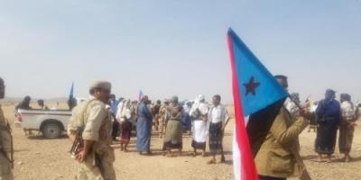 تذمر بين أفراد الألوية الجنوبية في محور بيجان بعد مصادرة رواتبهم (تفاصيل)