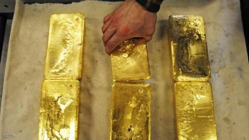 الذهب يرتفع متأثرًا بانخفاض سعر الدولار