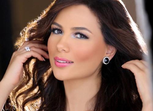 """التونسية شيماء هلالي معلقة على قرار ترامب :""""الجولان عربية"""""""