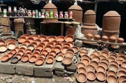 بعد الانقلاب.. «الفخار» صناعة دمرها الحوثي في اليمن