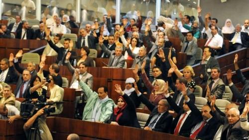 """استقالة جماعية لأعضاء """"حزب العمال"""" من البرلمان الجزائري"""