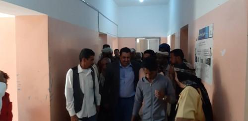 رئيس انتقالي لحج يزور مقر السلطة المحلية في الحوطة (تفاصيل)