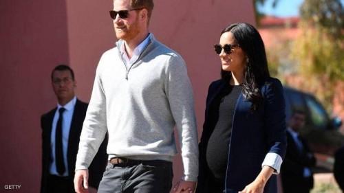 البريطانيون ينتظرون أول طفل للأمير هاري لتخفيف الأجواء السياسية
