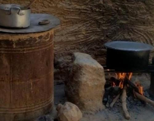"""أزمة الغاز """"المفتعلة"""".. مليشيا الحوثي تعيد المواطنين إلى زمن """"الحطب"""""""