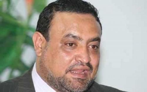 القيادي الحوثي حمود عُباد يعتدي على مواطن أمام زوجته وسط أحد شوارع صنعاء (تفاصيل حصرية)