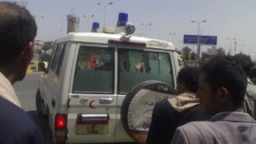 مليشيات الحوثي تستولي على 29 سيارة إسعاف لاستخدامها في القتال