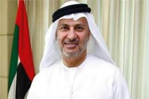 قرقاش: قمة تونس رحبت بمبادرة الإمارات عن القمر الصناعي العربي