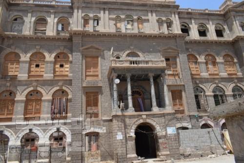 قصور السلطنة العبدلية في لحج.. إرثٌ تاريخي يُعاني الجفوة والإهمال (تحقيق مصور)