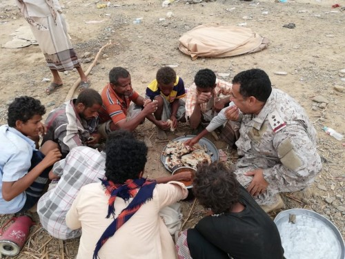 العرب يُشيد بقيادي بالجيش السعودي.. لهذا السبب