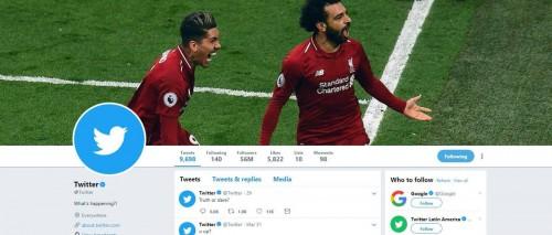 """حساب تويتر الرسمي يضع صورة محمد صلاح وفيرمينو """"كافر"""""""