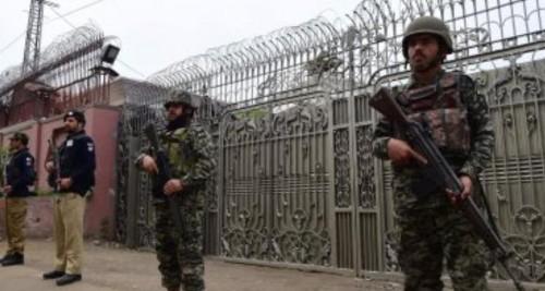 الجيش الباكستاني ينفي إسقاط الهند لمقاتلة باكستانية