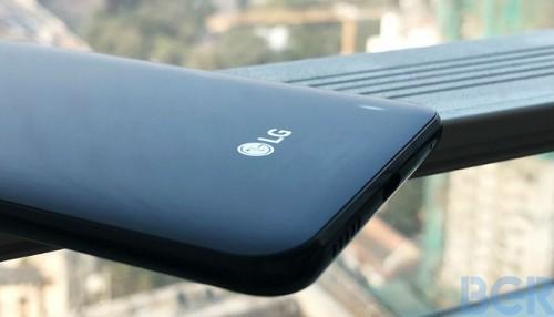 """""""LG """" تطرح هاتفا جديدا مزودا بتقنية الذكاء الاصطناعي بالأسواق (صور)"""