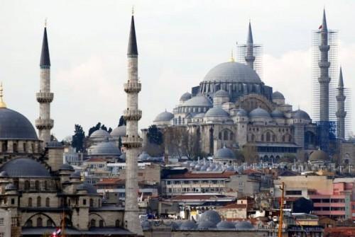 انخفاضًا حادًا في معدلات السياحة السعودية بتركيا