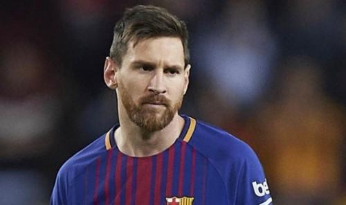 صفعة جديدة يتلقاها نجم نادي برشلونة بشأن الحذاء الذهبي