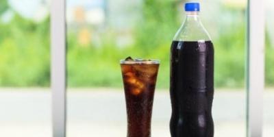 احذري.. تناول المشروبات الغازية يتسبب في نمو سرطان الثدي