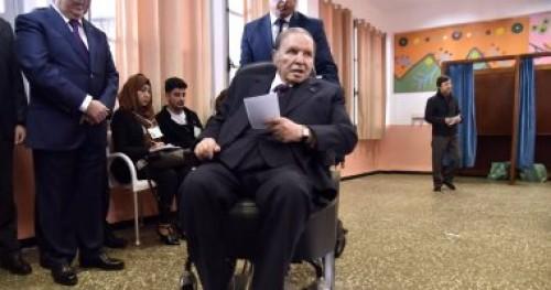 مطالبات جديدة بالجزائر بالتخلص من النخبة الحاكمة المتصلبة