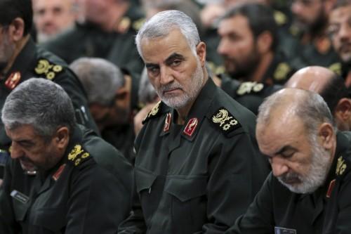 أمريكا تعتزم تصنيف الحرس الثوري الإيراني كمنظمة إرهابية