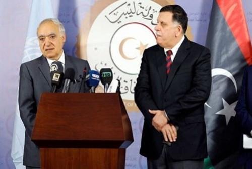 المبعوث الأممي في ليبيا يلتقي بالسراج لبحث سبل إنهاء الصراع