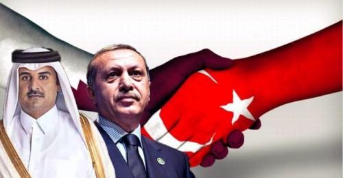 إعلامي سعودي يُطالب الليبيين بمقاضاة تركيا وقطر