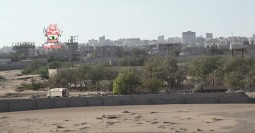 قصف حوثي على مواقع ألوية العمالقة في الجبلية والتحيتا
