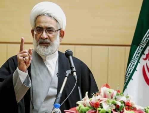 مسؤول إيراني: سوء الإدارة أغرقت البلاد في مياه الفيضانات