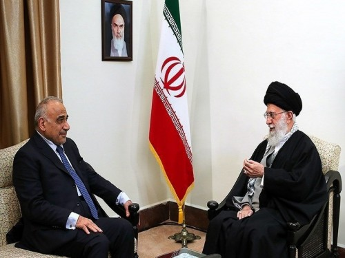 خامنئي يطالب العراق بضمان خروج القوات الأمريكية